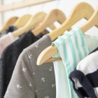 Можно ли стирать вискозу в стиральной машине и как это сделать без вреда для изделия