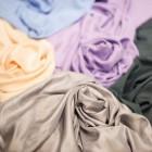 Поплин и сатин: различаются ли эти ткани по цене и плотности, для чего подходят