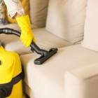 Как и чем почистить диван в домашних условиях? Лучшие и проверенные народные методы удаления пятен с обивки