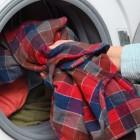 Как распушить пуховик после стирки: проверенные способы разбить комки наполнителя в куртке
