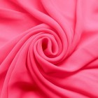 Жоржет — близкий родственник шелковой ткани, идеальный вариант для летней одежды