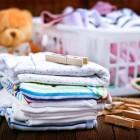 Как и чем стирать детские вещи в стиральной машине и вручную