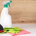 Как почистить пуховик без химчистки и стирки так, чтобы не осталось разводов на его поверхности?