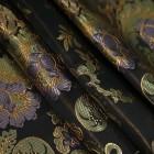 Брокат — эффектная дорогая ткань. Почему важно правильно за ней ухаживать?