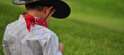 Инструкция по пошиву костюма ковбоя для мальчика. Делаем оригинальные элементы своими руками