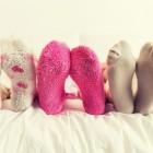 Как стирать носки для устранения сильных загрязнений и черной подошвы