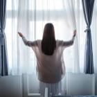 Портьерные ткани: как правильно выбрать, что лучше – натуральные или синтетические материалы, самые популярные варианты для штор