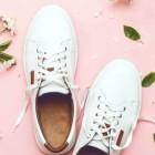 Как вернуть прежнюю белизну пожелтевшим после стирки кроссовкам?