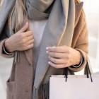 Регулярная чистка пальто от повседневных загрязнений без обращения в химчистку: способы и средства