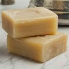 Хозяйственное мыло — натуральное, доступное и высокоэффективное средство для стирки вещей, отбеливания тканей и устранения многих видов пятен