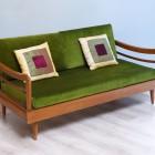 Жаккард для обивки мебели: что он собой представляет, характеристики натуральных и смесовых тканей, их плюсы и минусы